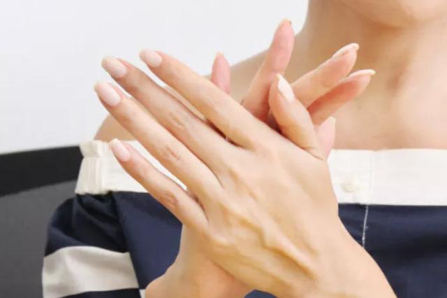 ジェルネイル 爪 美容液 おすすめ
